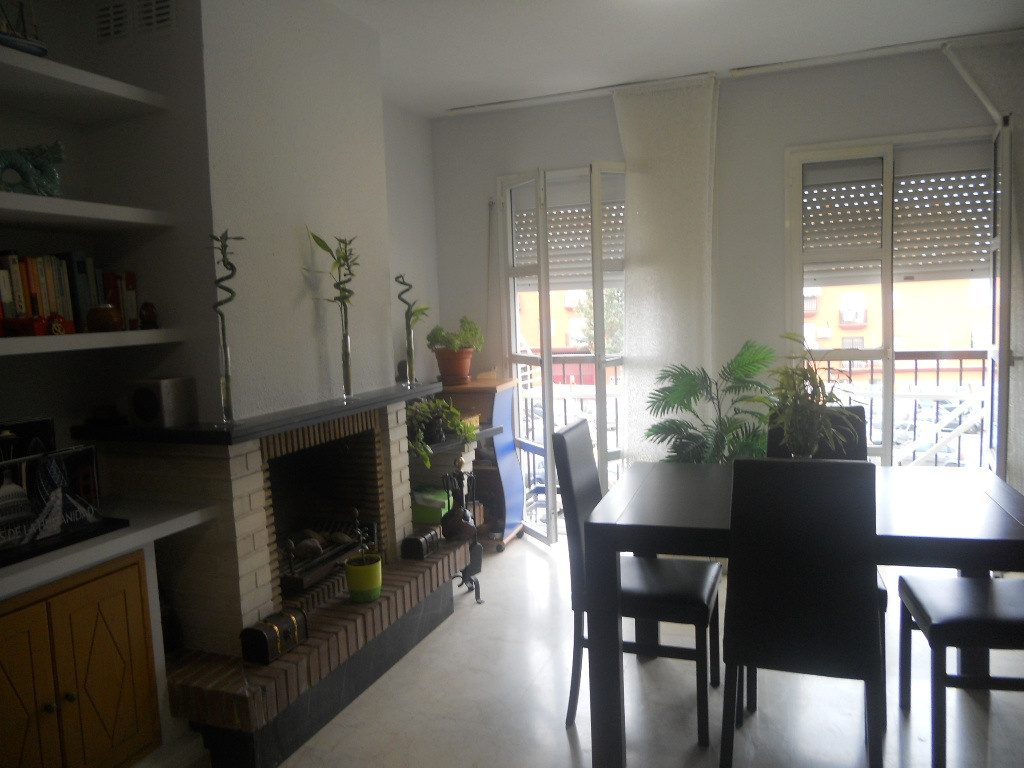 Excellent duplex apartment in Las Lagunas. Good location. 2 levels, lounge and living room, independ,Spain