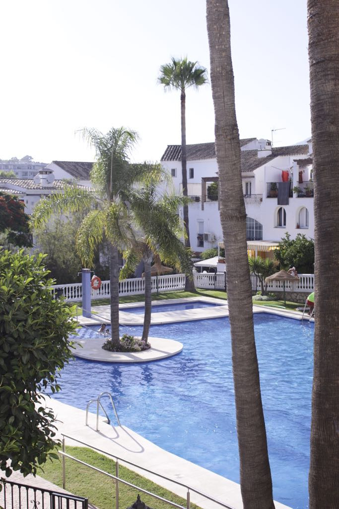 Excellent townhouse in Mijas costa in a residential area. All renoved, terrace,  independent kitchen,Spain
