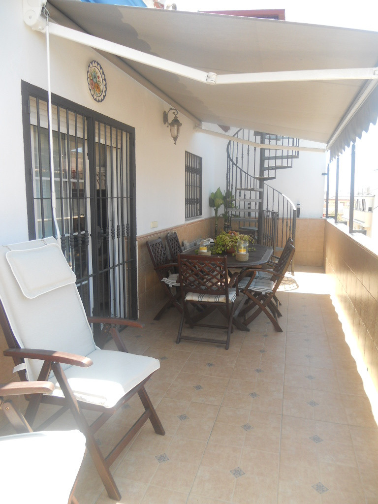 Excellent Penthouse located in the center of las Lagunas. Walking distance to Fuengirola. Private te,Spain