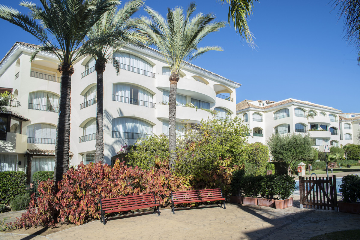 Bahia de Marbella- privileged Urbanisation !!! This  apartment has everything you need: a huge livin, Spain