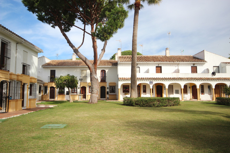 Townhouse in Elviria
