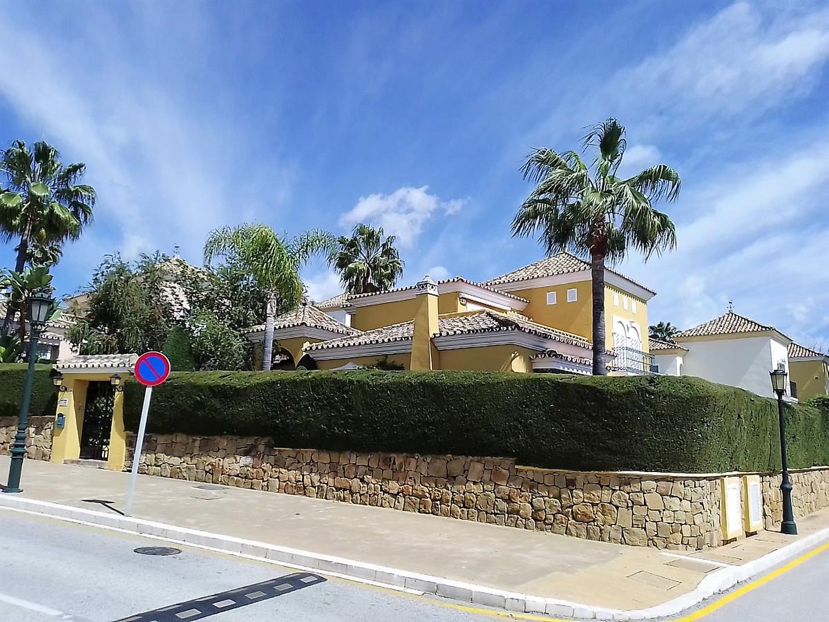 Hus in Bahía de Marbella R3810379 1