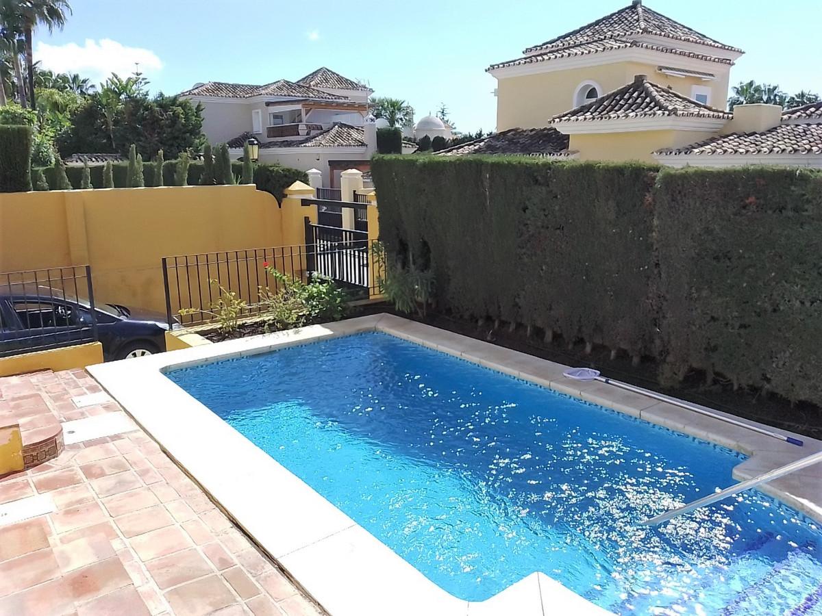 Hus in Bahía de Marbella R3810379 21