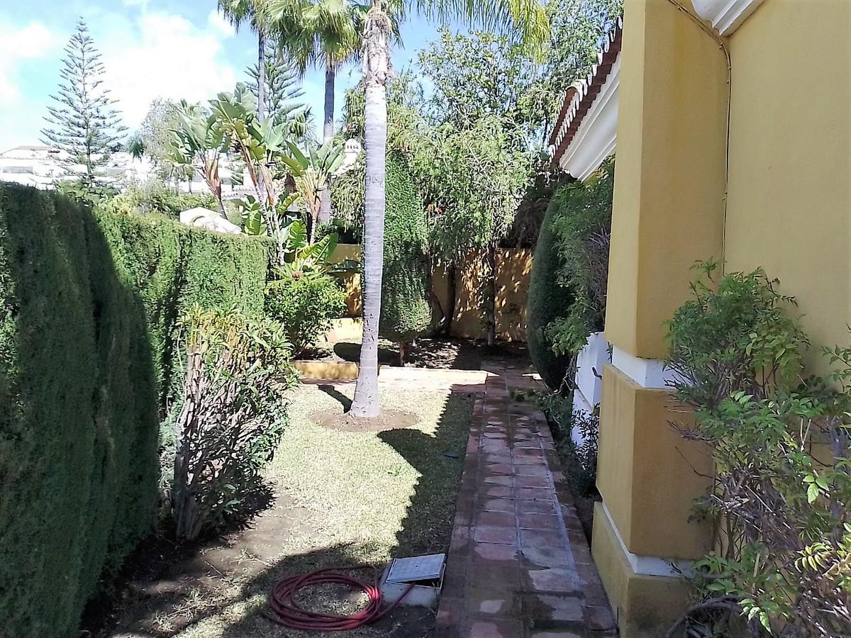 Hus in Bahía de Marbella R3810379 29