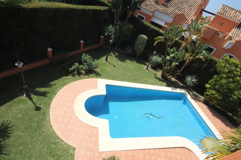 House in Bahía de Marbella R2207891 42