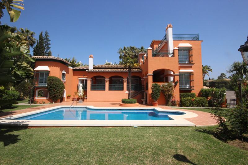 House in Bahía de Marbella R2207891 58