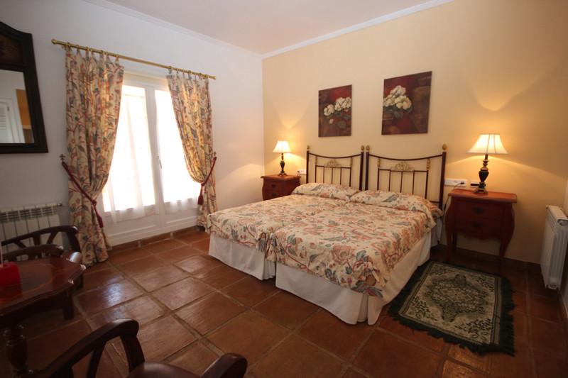 House in Bahía de Marbella R2207891 8