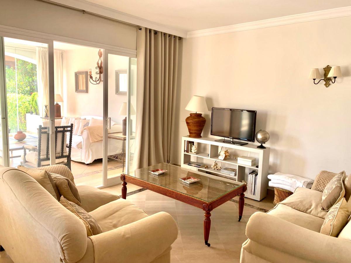 Wohnung zum Verkauf in Bahia de Marbella – R3557824