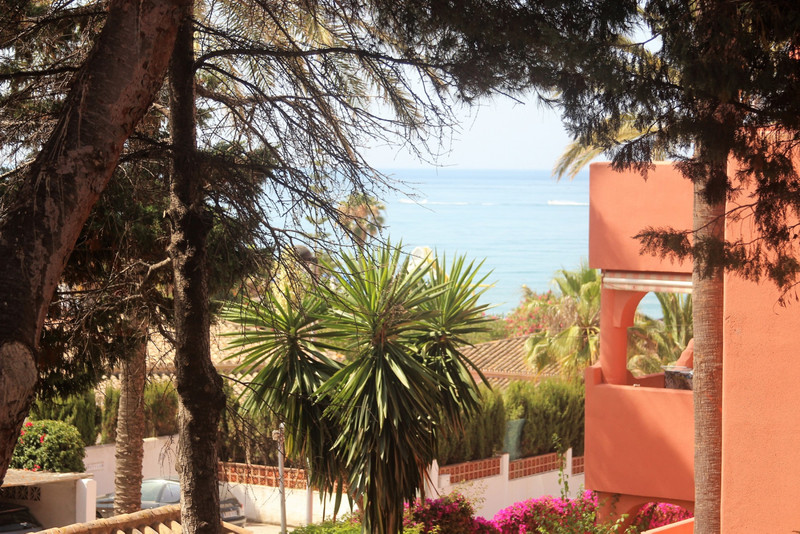 Middle Floor Apartment Costabella