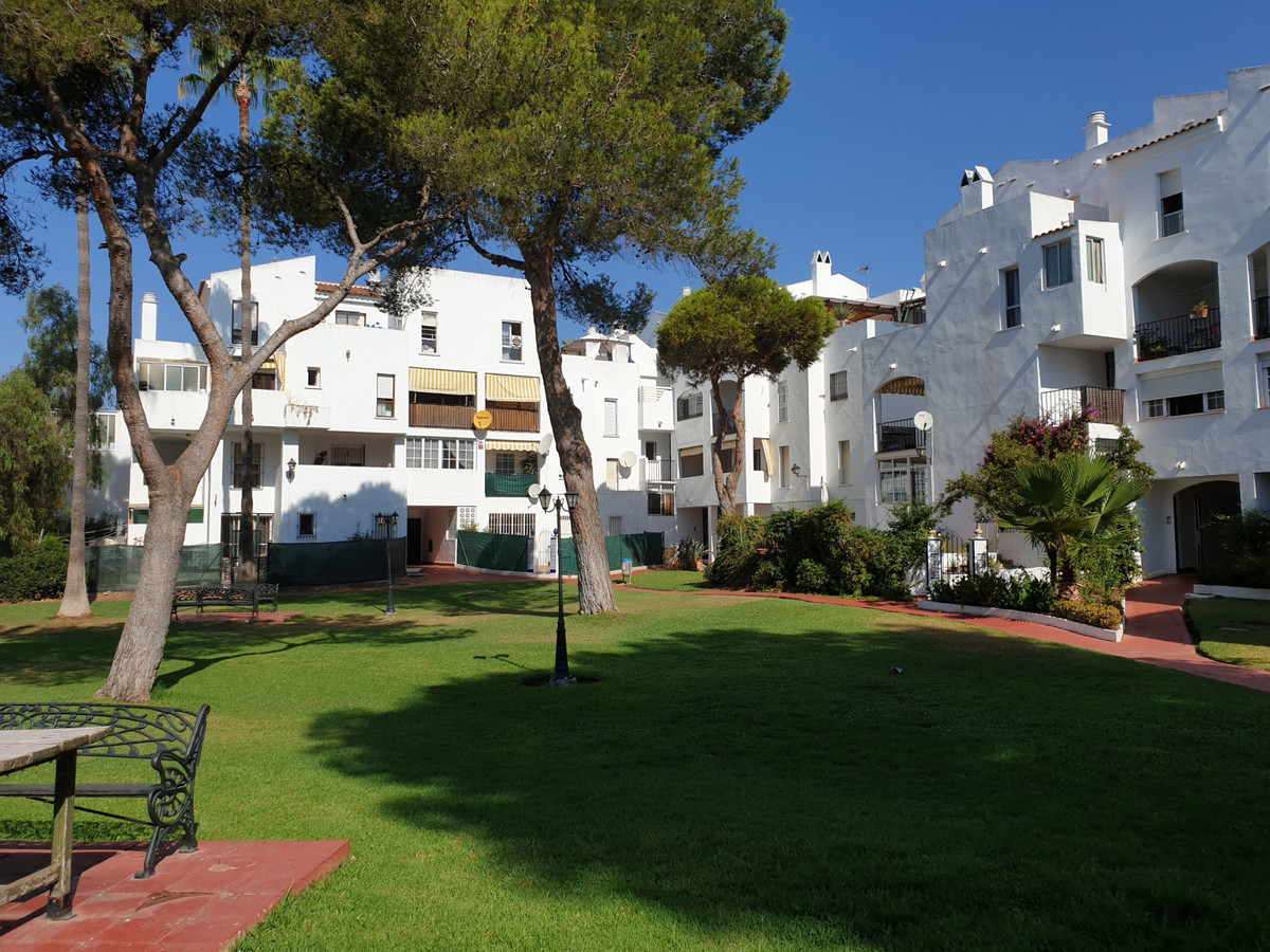 Penthouse in popular residential Area PARQUE ELVIRIA. 3rd floor- without lift- beautiful views over ,Spain