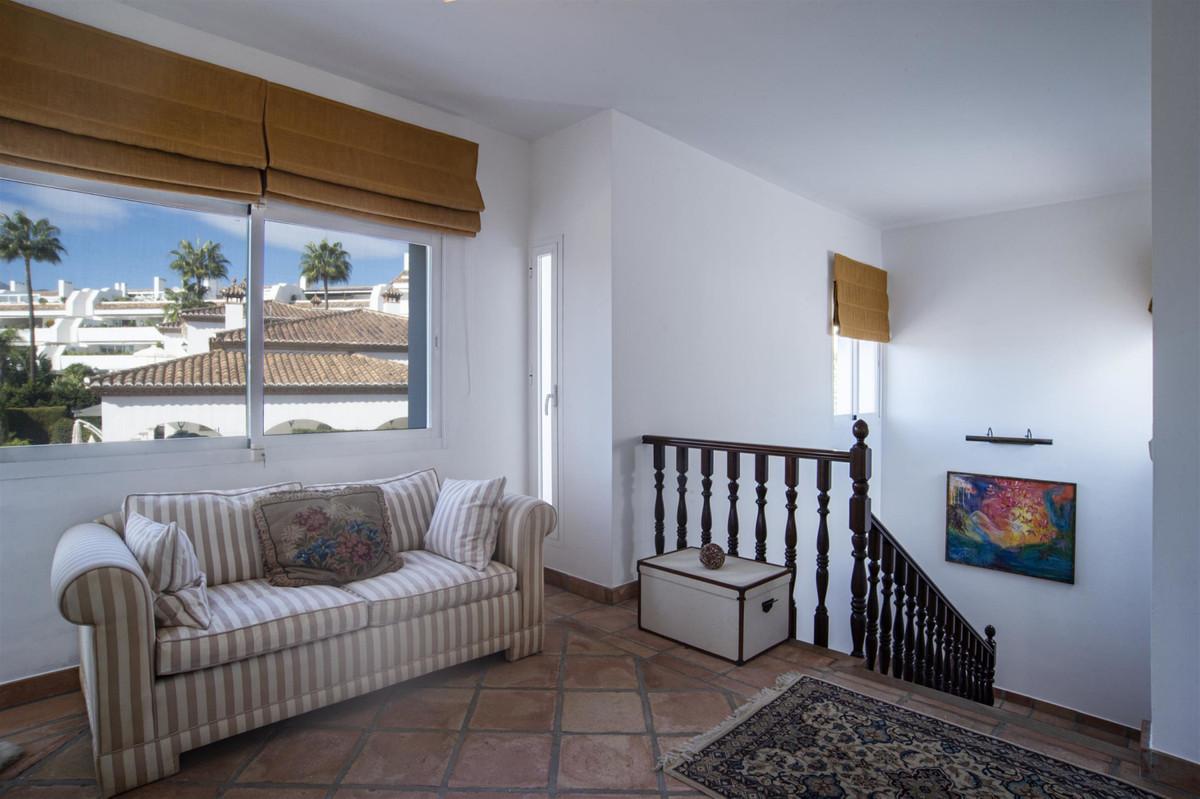 House in Bahía de Marbella R2419892 14