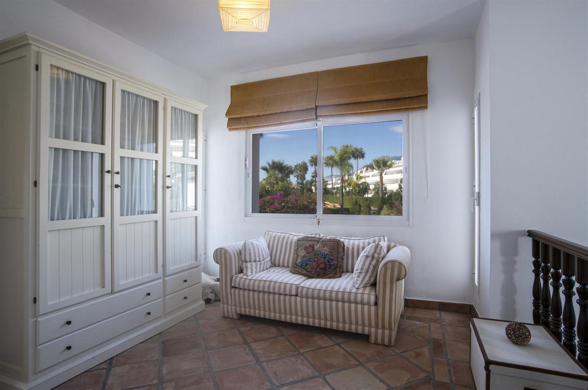 House in Bahía de Marbella R2419892 18