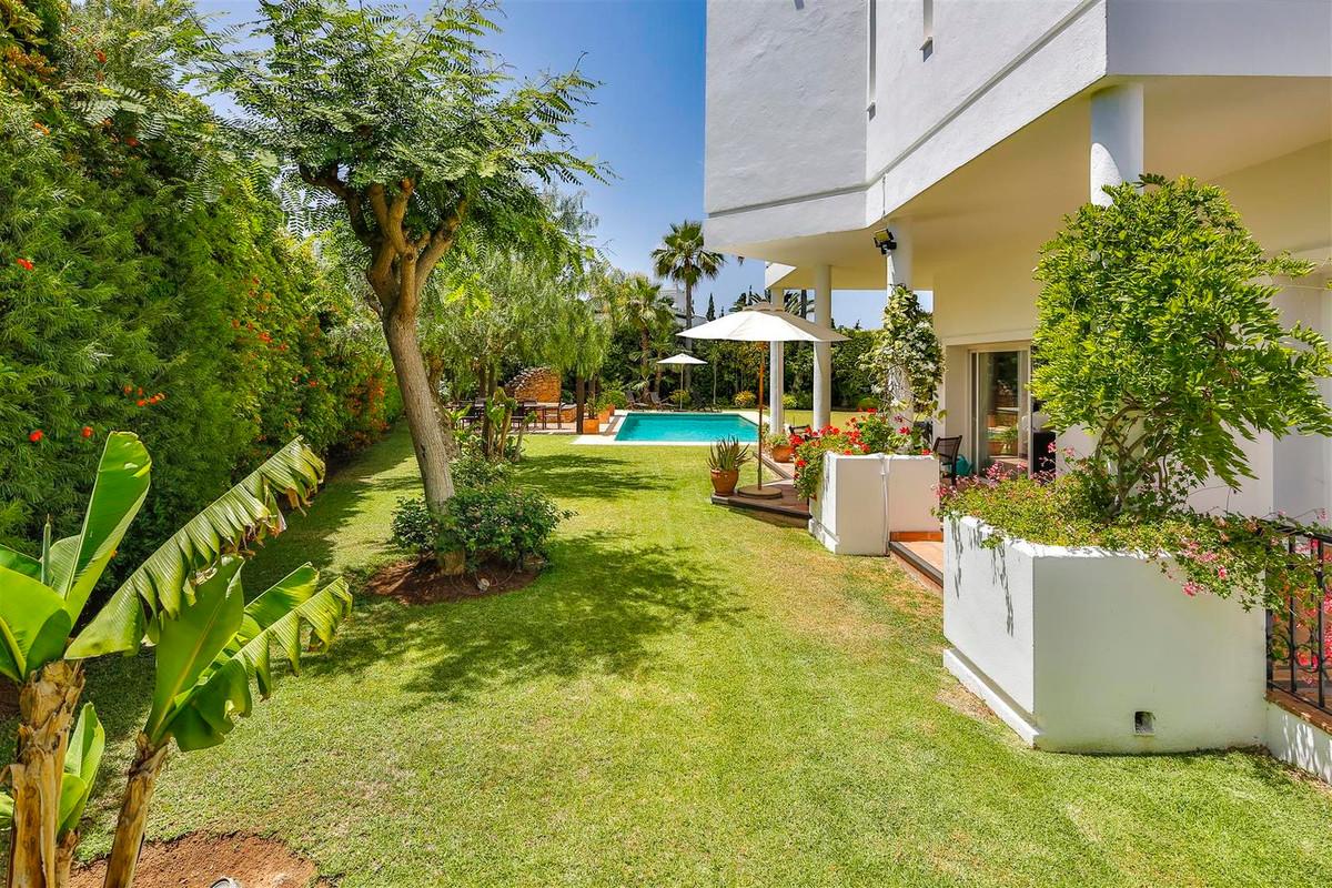House in Bahía de Marbella R2419892 19