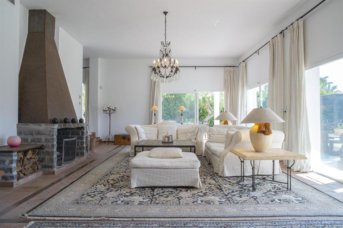 House in Bahía de Marbella R2419892 2