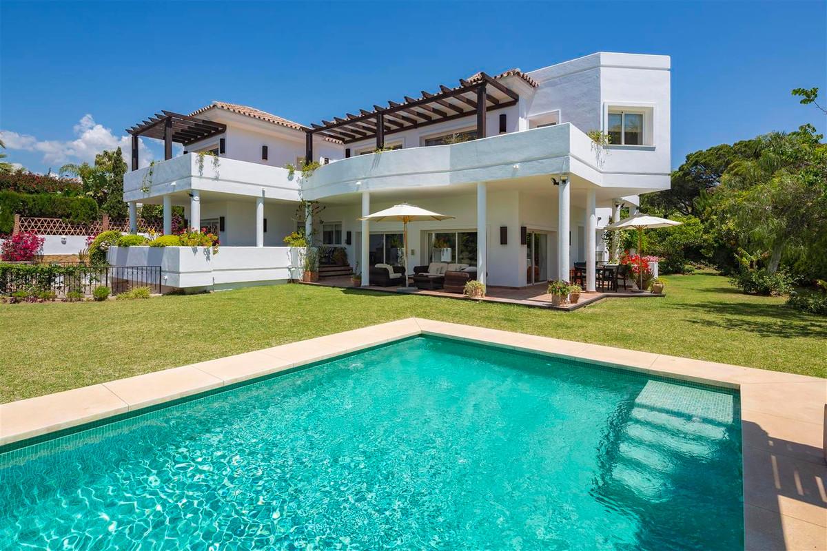 House in Bahía de Marbella R2419892 21