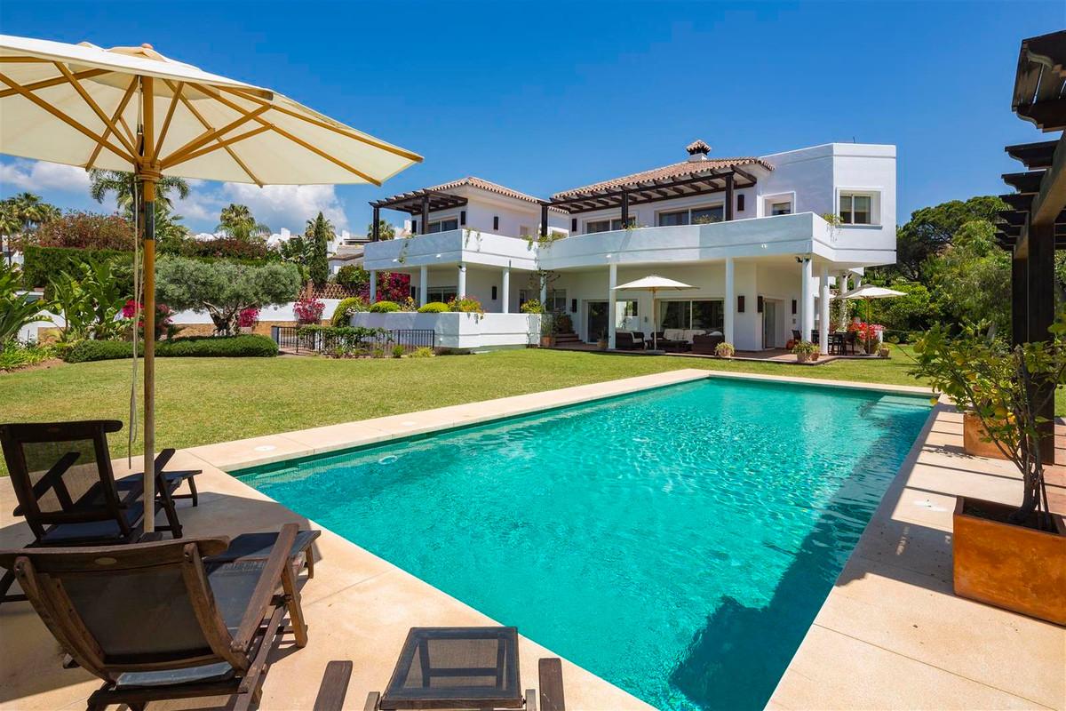 House in Bahía de Marbella R2419892 23