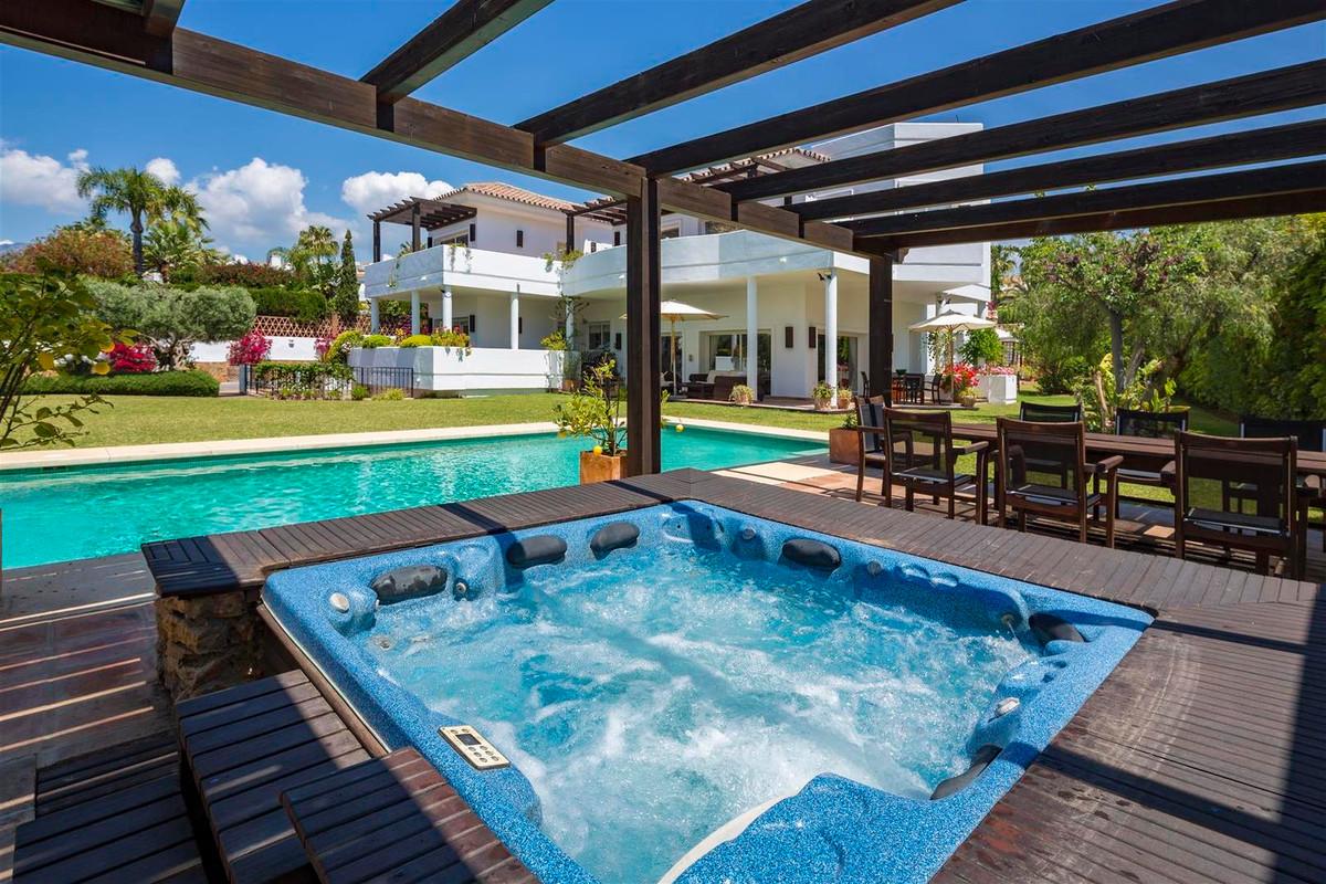 House in Bahía de Marbella R2419892 29