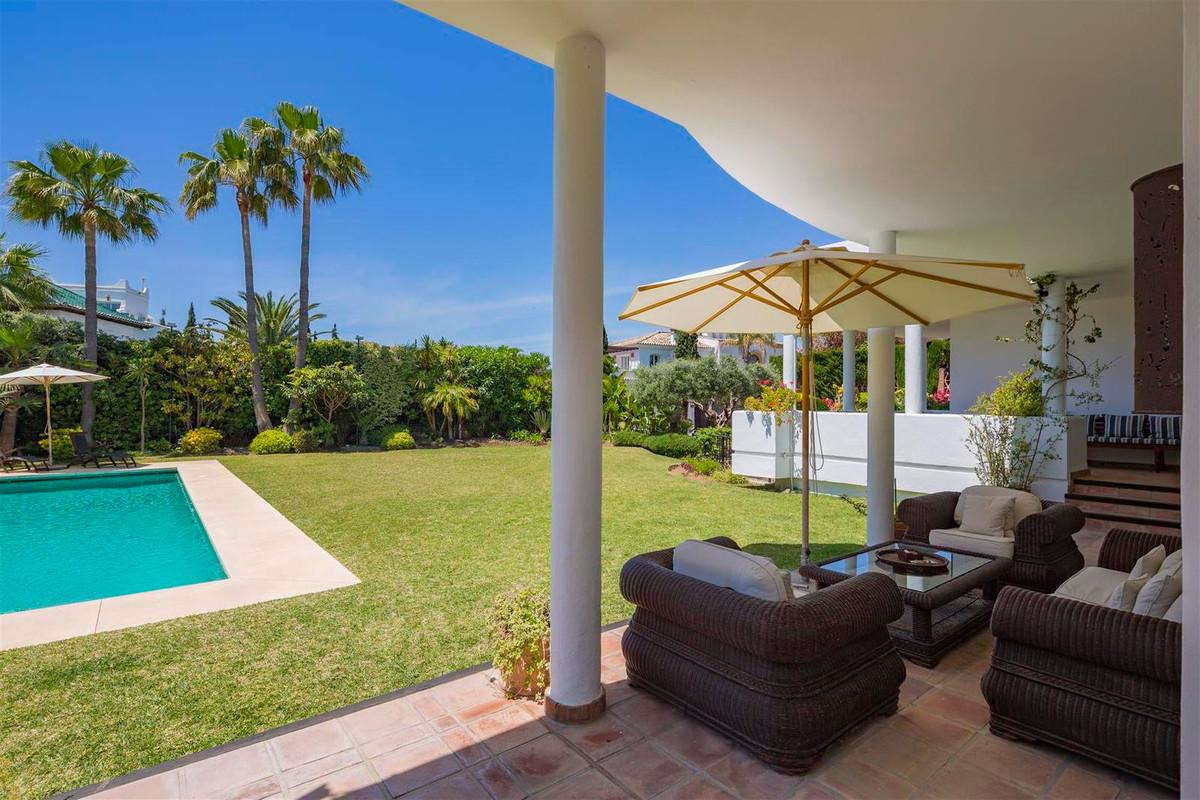 House in Bahía de Marbella R2419892 35
