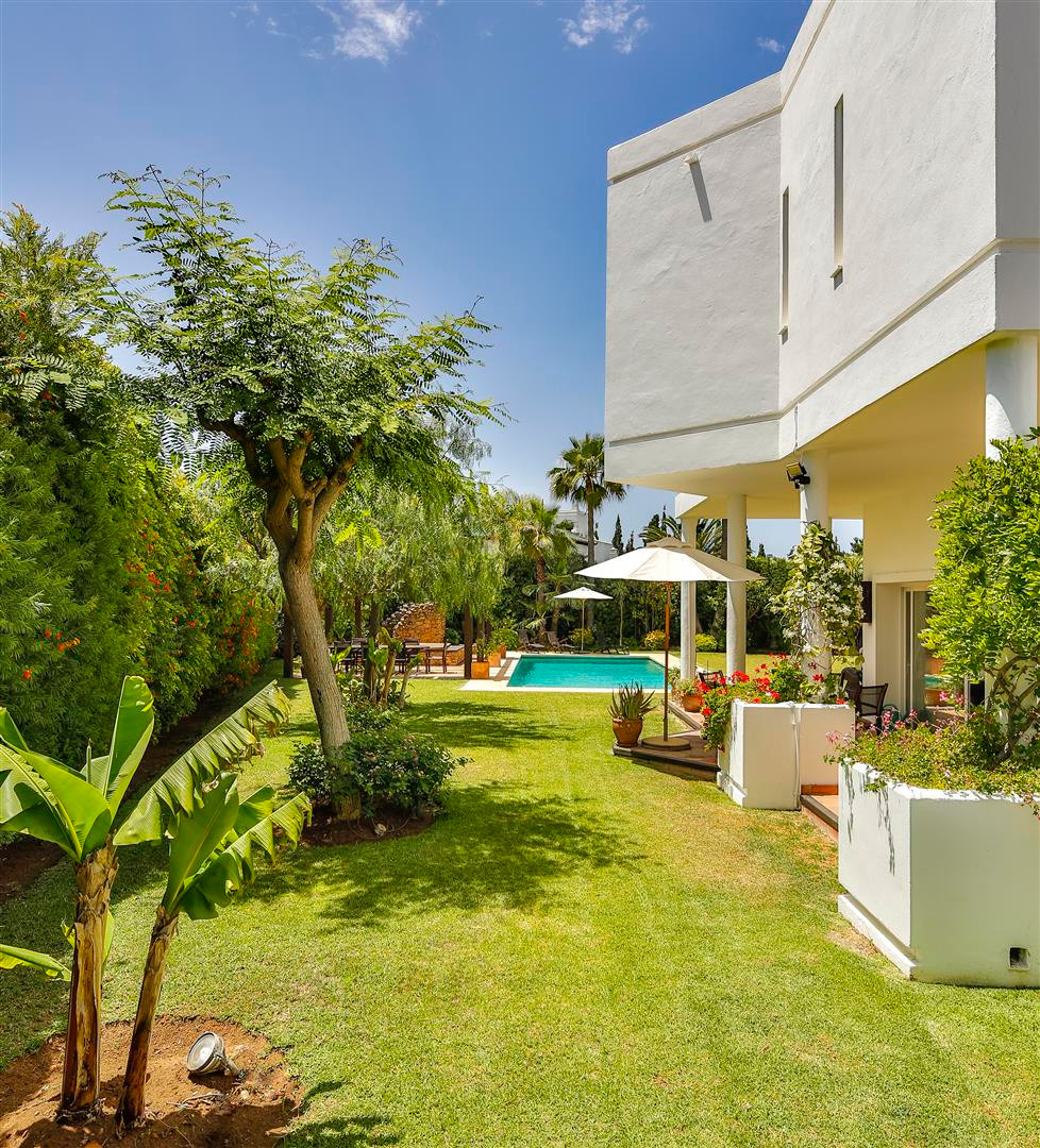 House in Bahía de Marbella R2419892 36
