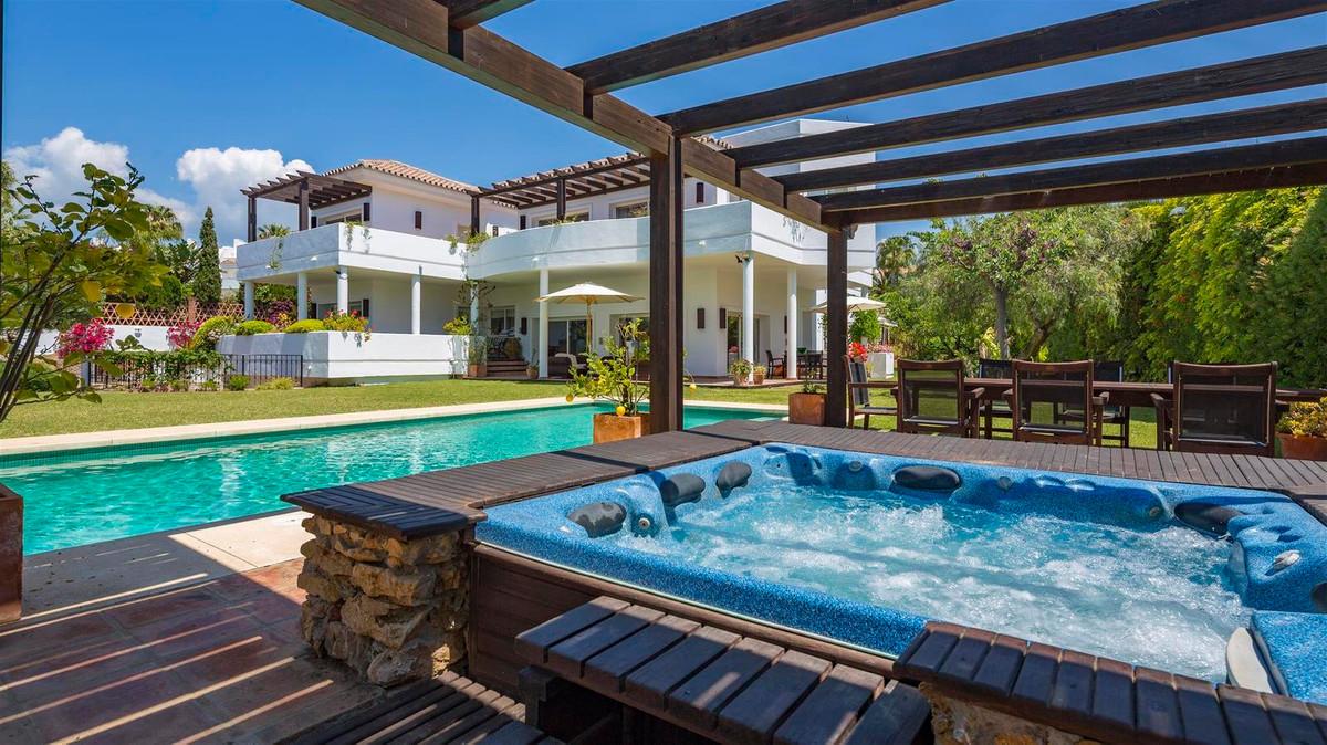 House in Bahía de Marbella R2419892 42