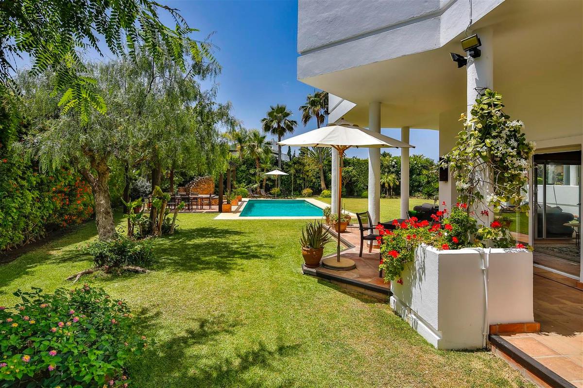 House in Bahía de Marbella R2419892 46