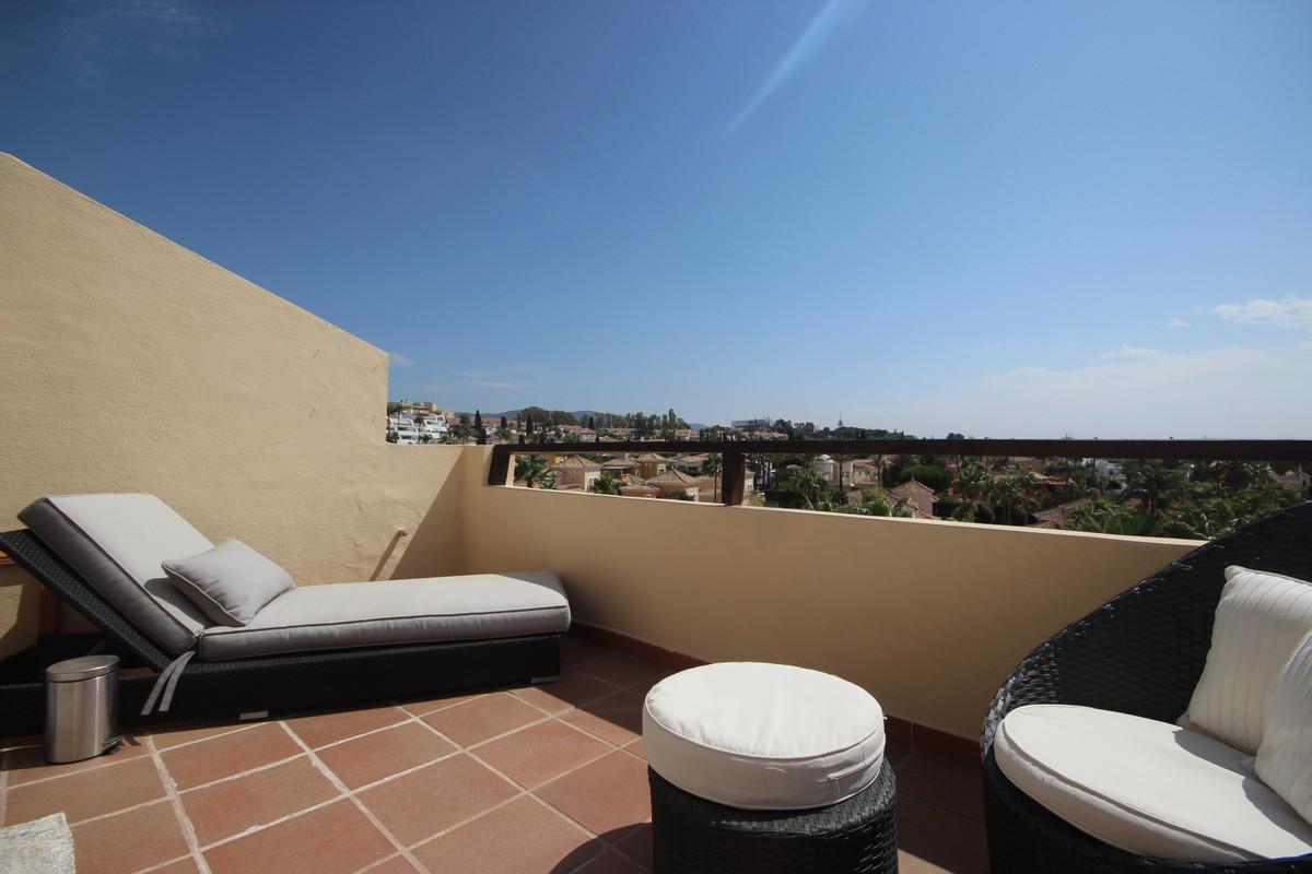 Apartamento 5 Dormitorios en Venta Bahía de Marbella