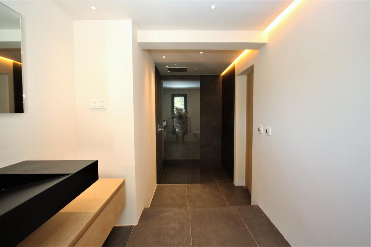 4 Bedroom Detached Villa For Sale Costabella