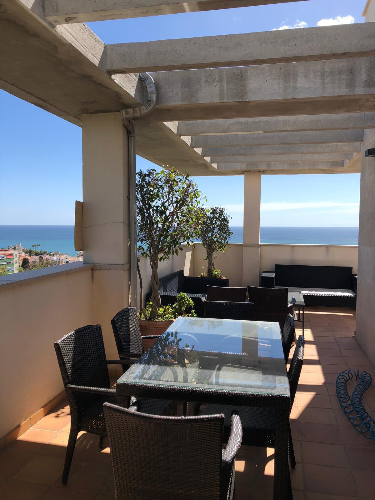 Apartamento 3 Dormitorios en Venta Torremolinos