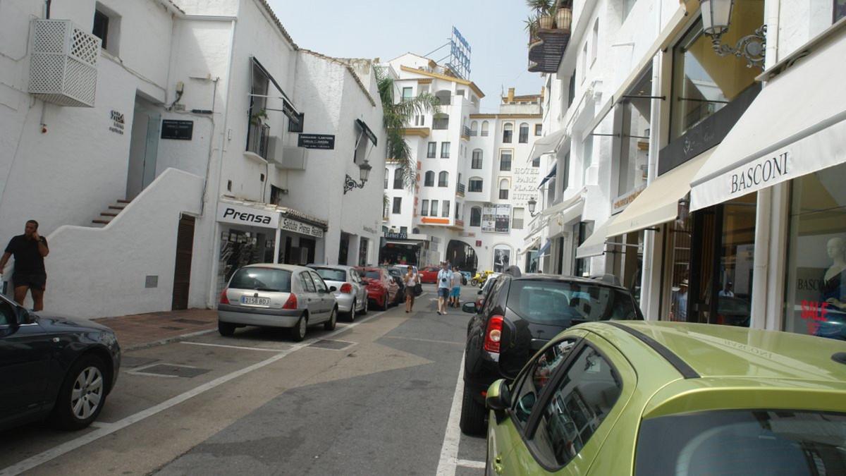 Local comercial En Venta Puerto Banús