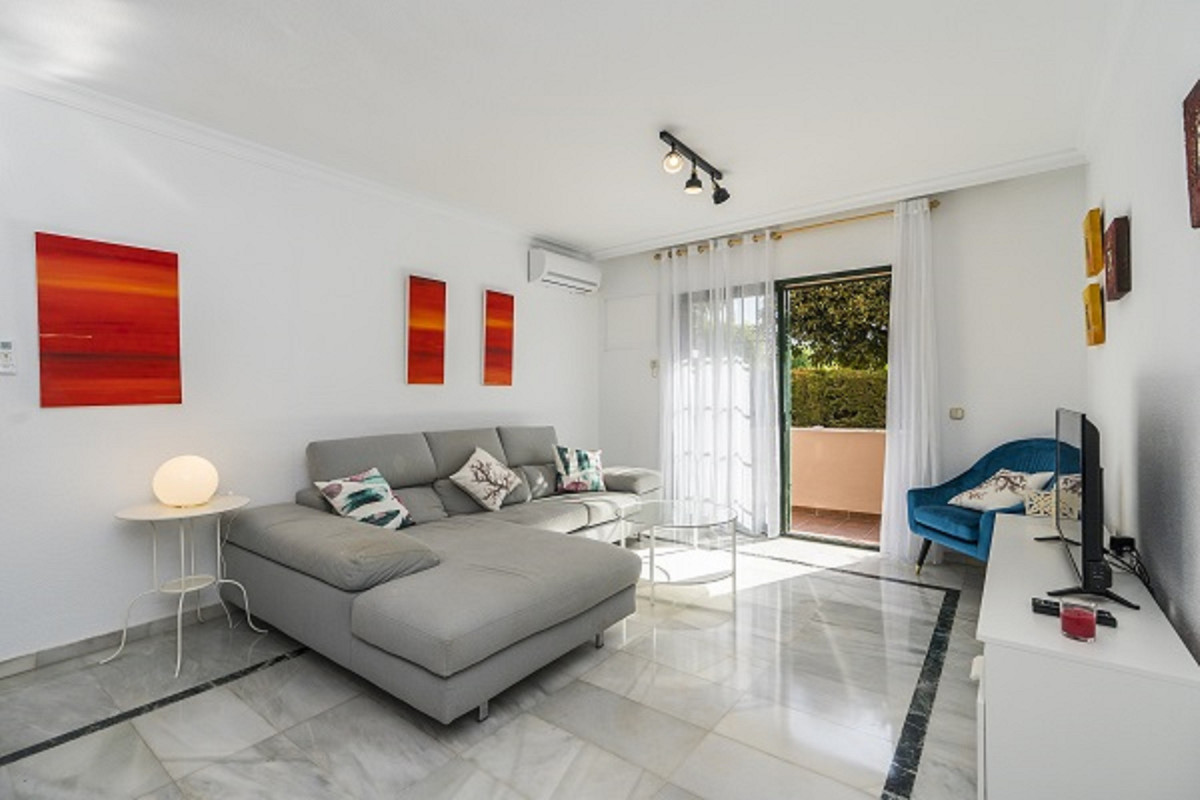 This apartment is located in a privileged residential area, since only a few meters away is the tenn,Spain