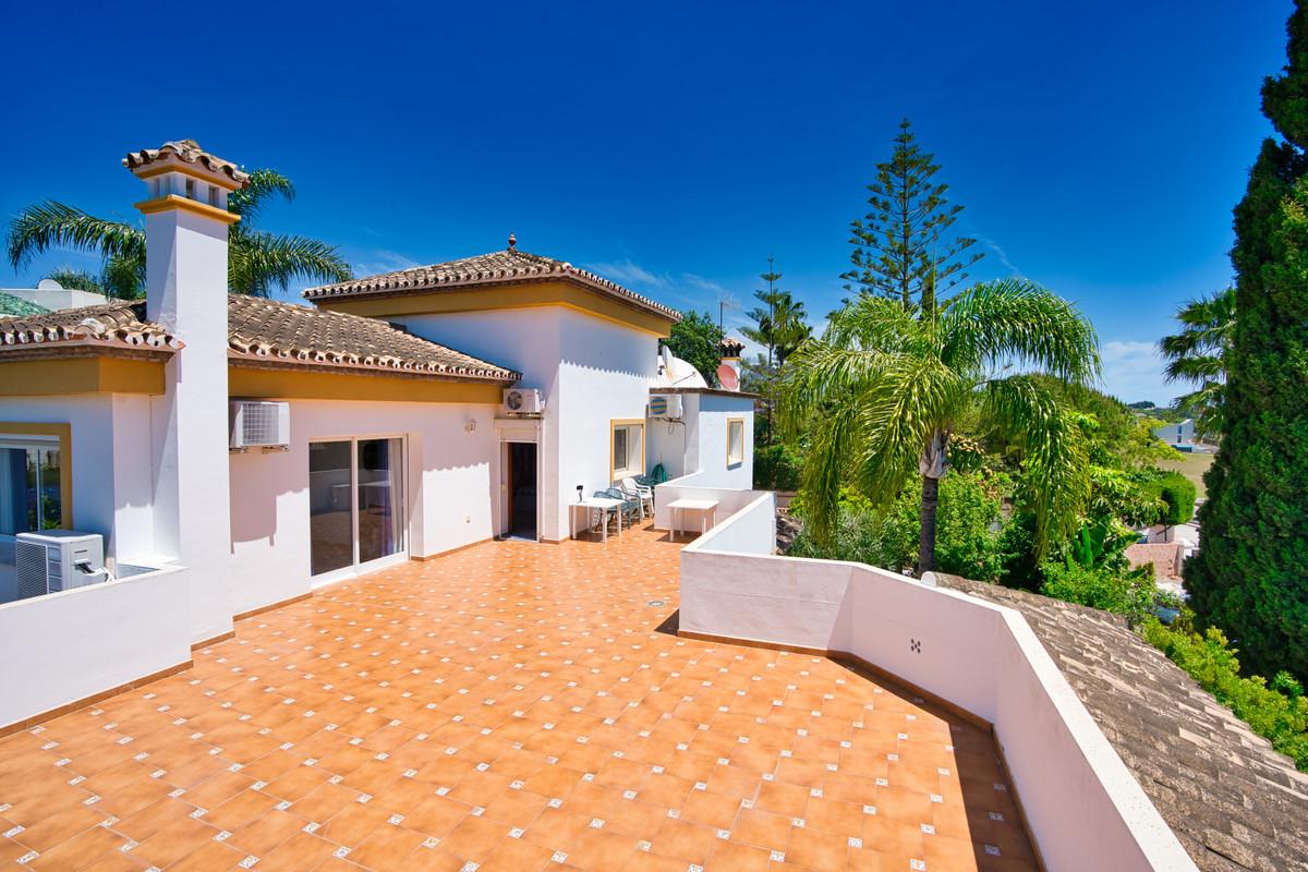 House in Bel Air R3855442 32