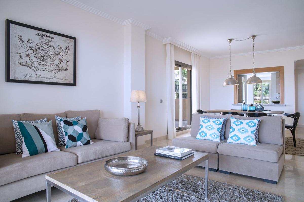 Marbella Banus Apartamento Planta Media en Venta en Benahavís – R3532075