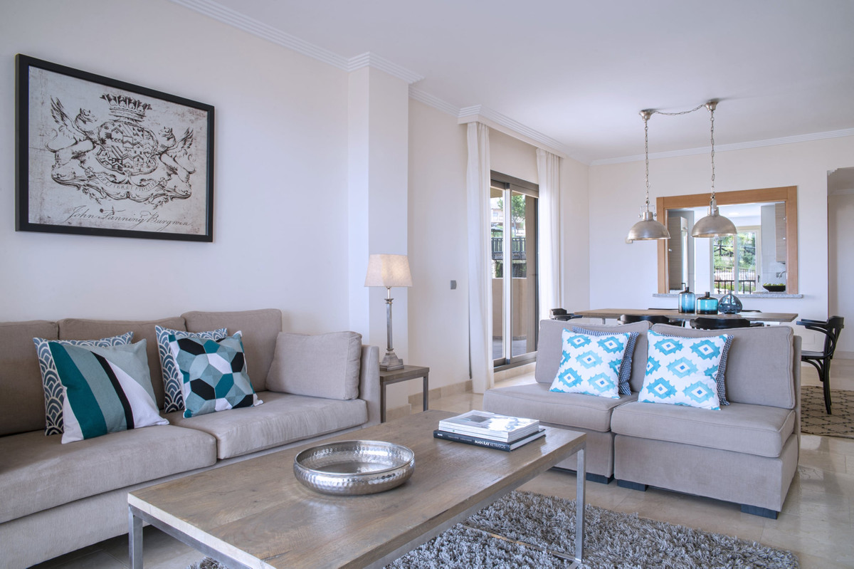 Appartement  Mi-étage en vente   à Benahavís