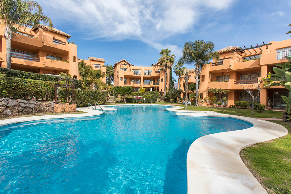 "Spacious and bright ground floor apartment, located in the community of ""El Retiro de Bel Air&q, Spain"