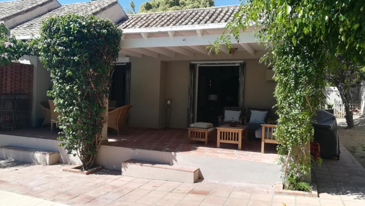 House in El Paraiso R3201649 19