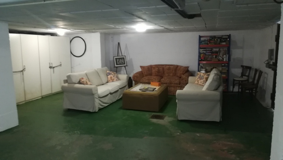 House in El Paraiso R3201649 29