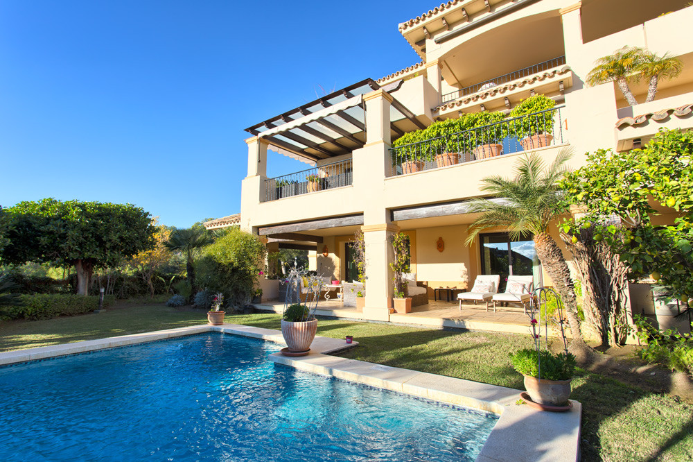 Marbella Banus Apartamento Planta Baja en Venta en Nueva Andalucía – R3294124