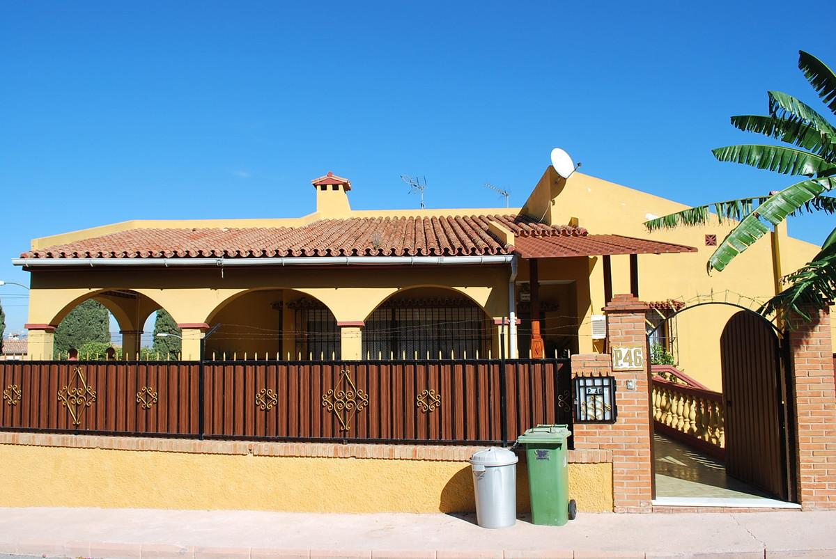 House in Alhaurín de la Torre R3032948 1
