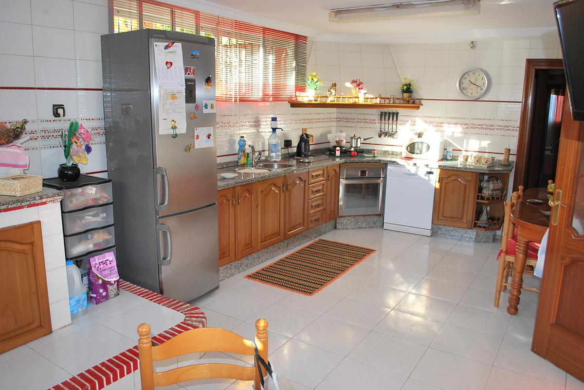 House in Alhaurín de la Torre R3032948 15