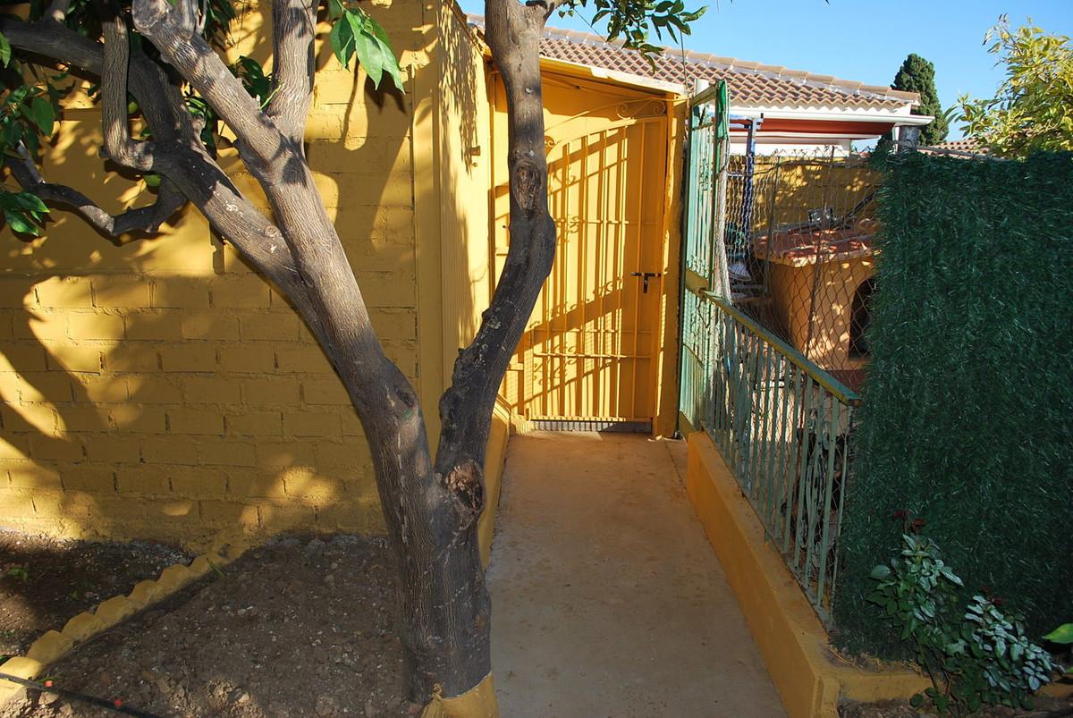 House in Alhaurín de la Torre R3032948 24