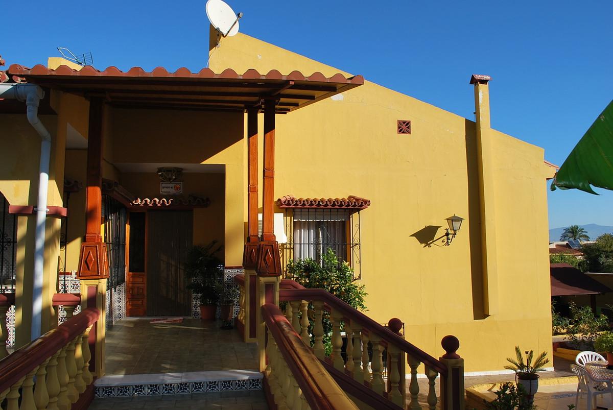 House in Alhaurín de la Torre R3032948 32