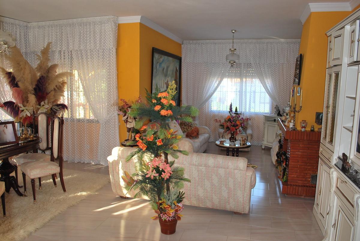 House in Alhaurín de la Torre R3032948 6
