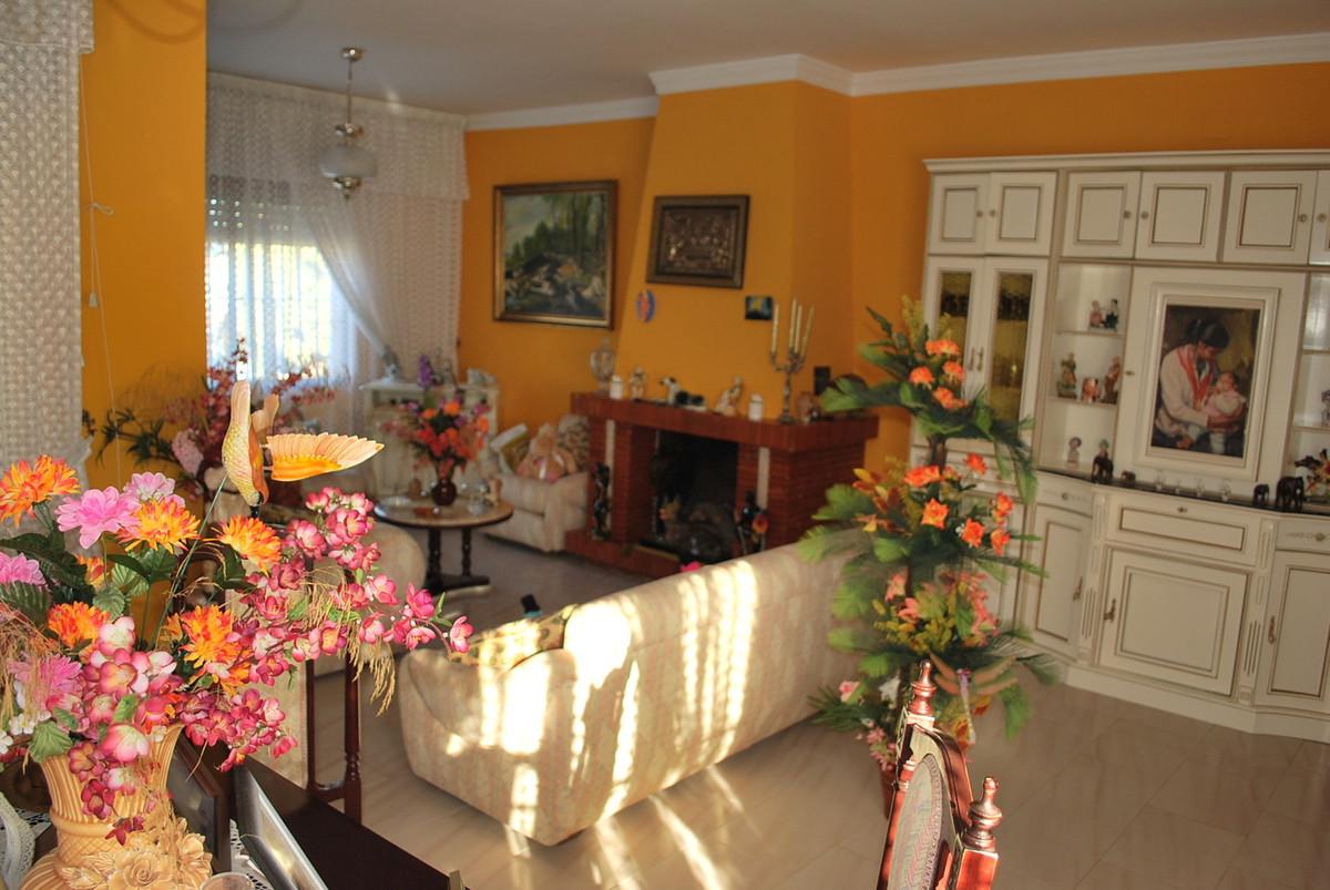 House in Alhaurín de la Torre R3032948 7