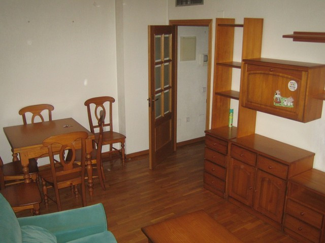 Middle Floor Apartment in Murcia City for sale