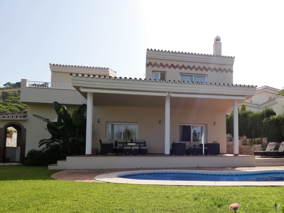 House in Alhaurin Golf R3681662 21