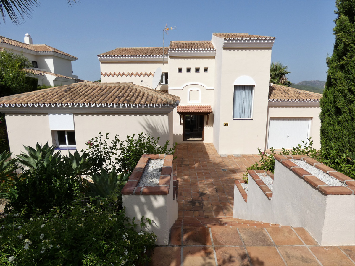 House in Alhaurin Golf R3681662 22