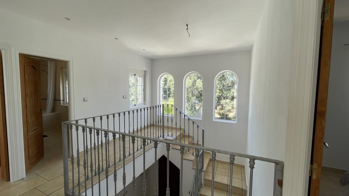 House en Alhaurín el Grande R3713582 9