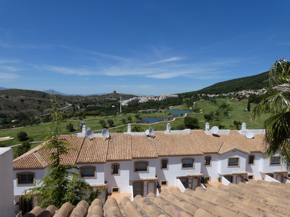 Located in a quiet area on the Alhaurin Golf urbanisation and within easy walking distance to the cl, Spain