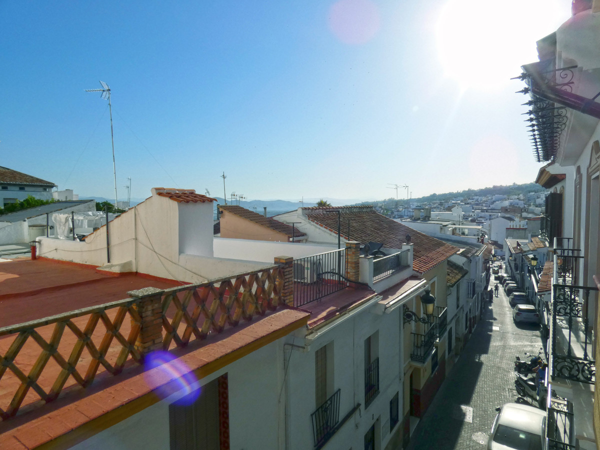 Bright apartment in the centre of Alhaurin El Grande, on the second floor without a lift (elevator)., Spain