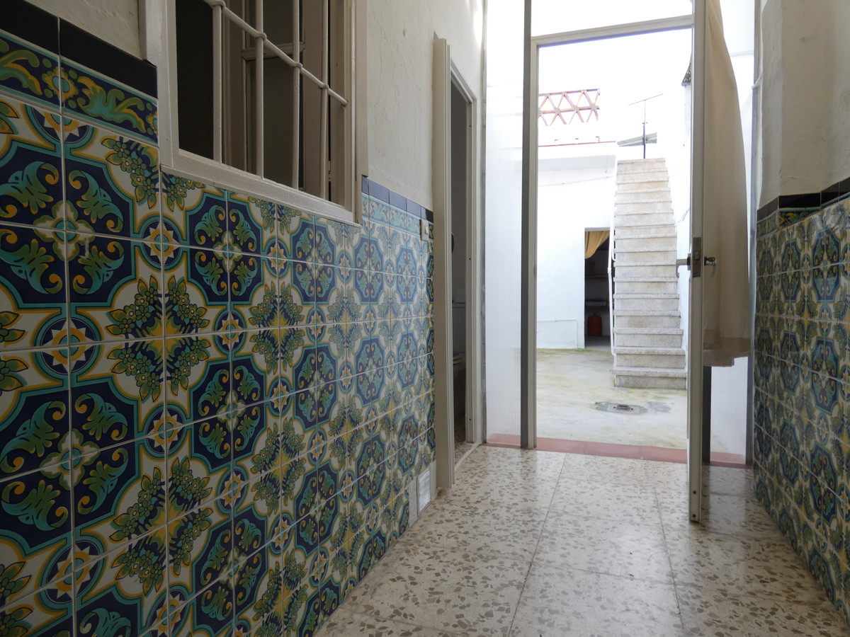 Unifamiliar con 4 Dormitorios en Venta Alhaurín el Grande